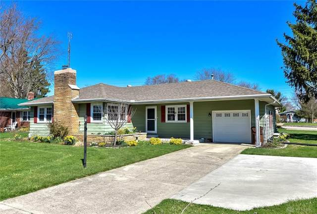 303 S Chippewa Drive, Greenville, OH 45331 (MLS #836568) :: The Gene Group