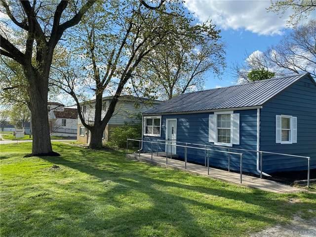 617 W Funderburg Road, Fairborn, OH 45324 (MLS #837821) :: The Gene Group