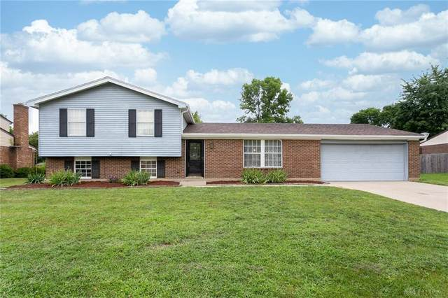 4207 Tradewind Court, Englewood, OH 45322 (MLS #842397) :: The Westheimer Group