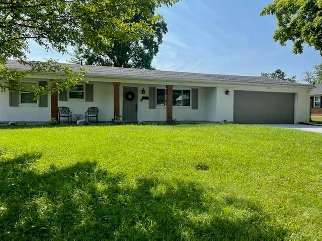 2091 S Lakeman Drive, Bellbrook, OH 45305 (MLS #844753) :: The Westheimer Group