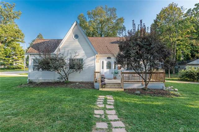 1500 Crescent Boulevard, Kettering, OH 45409 (MLS #848832) :: The Gene Group