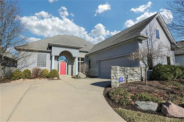1129 Club View Drive, Centerville, OH 45458 (MLS #810739) :: Denise Swick and Company