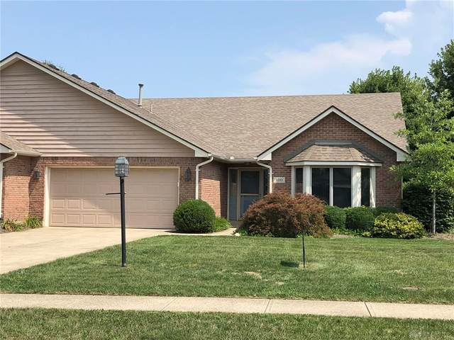 100 Old Carriage Drive, Englewood, OH 45322 (MLS #811765) :: Denise Swick and Company