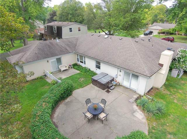 121 S Village Drive, Centerville, OH 45459 (MLS #824951) :: Denise Swick and Company
