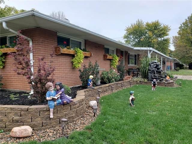 4303 Kitridge Road, Huber Heights, OH 45424 (MLS #827894) :: Denise Swick and Company