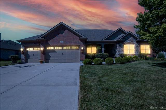 1235 Thornapple Way, Troy, OH 45373 (MLS #842504) :: The Gene Group