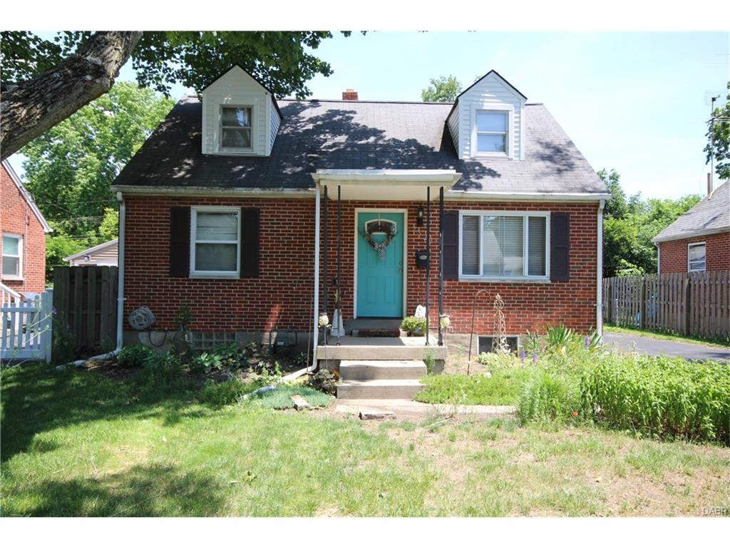 2520 Oak Park Avenue, Kettering, OH 45419 (MLS #739947) :: Denise Swick and Company
