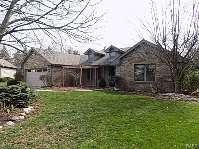 240 Fivepines Court, Englewood, OH 45315 (MLS #760031) :: The Gene Group