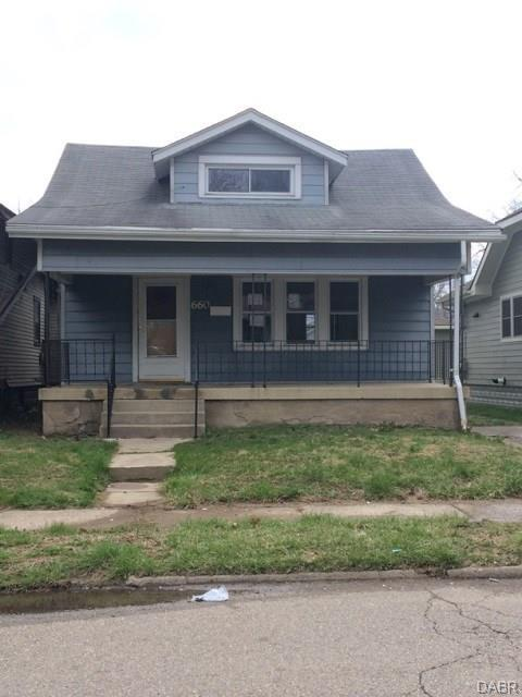 660 Brooklyn Avenue, Dayton, OH 45402 (MLS #760361) :: Denise Swick and Company