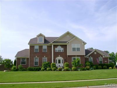 6728 Willowmere Court, Huber Heights, OH 45424 (MLS #764231) :: The Gene Group