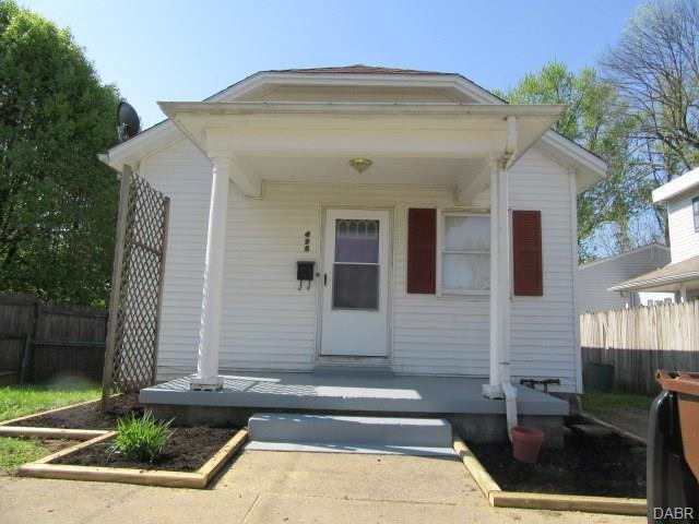 495 Cottage Grove Avenue, Xenia, OH 45385 (MLS #764252) :: Denise Swick and Company