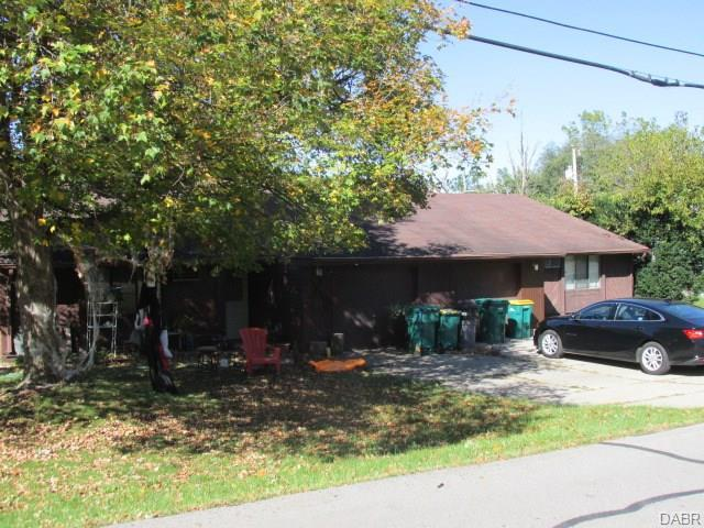 201 Vine Street, Fairborn, OH 45324 (MLS #764467) :: The Gene Group