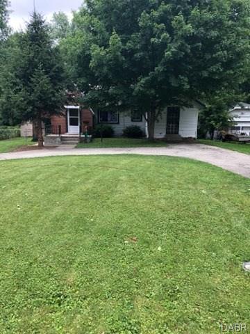 315 Park End Drive, Dayton, OH 45415 (#768218) :: Bill Gabbard Group