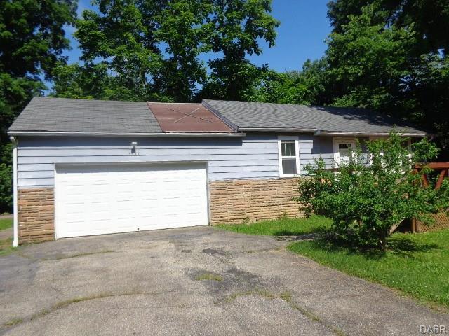 4439 Bates Lane, Middletown, OH 45042 (#769419) :: Bill Gabbard Group