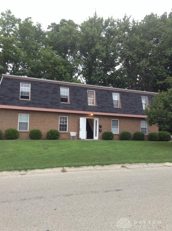75 Edgebrooke Drive, Springboro, OH 45066 (MLS #770873) :: Denise Swick and Company