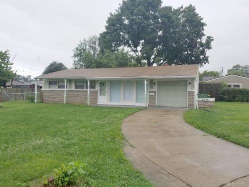 681 Dayton Drive, Fairborn, OH 45324 (MLS #771706) :: Denise Swick and Company