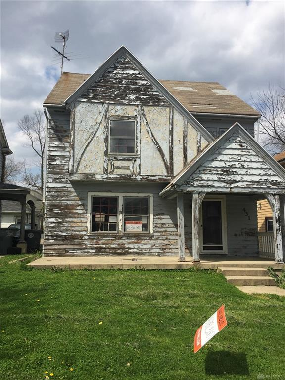 431 Delaware Avenue, Dayton, OH 45405 (MLS #772500) :: The Gene Group