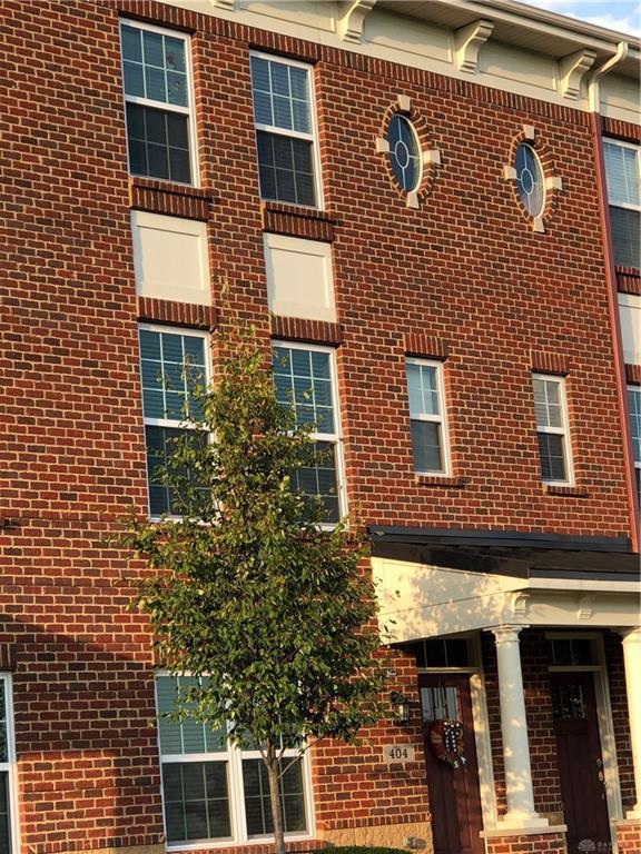 404 Brownstone Row, Springboro, OH 45066 (MLS #775973) :: Denise Swick and Company