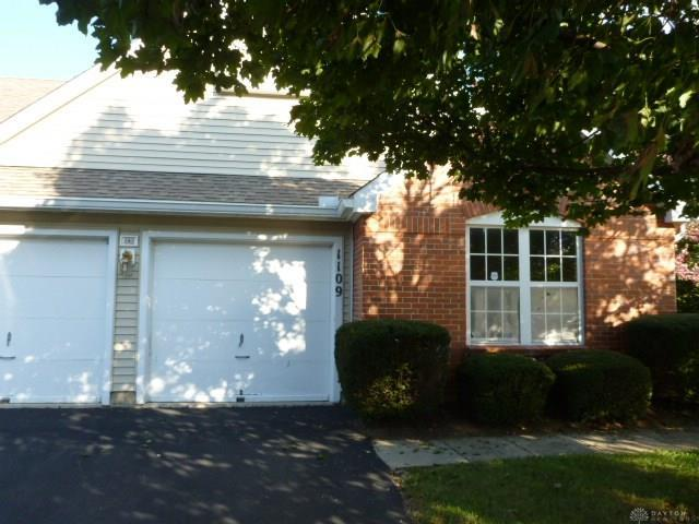1109 Smugglers Way, Centerville, OH 45459 (MLS #779082) :: Denise Swick and Company