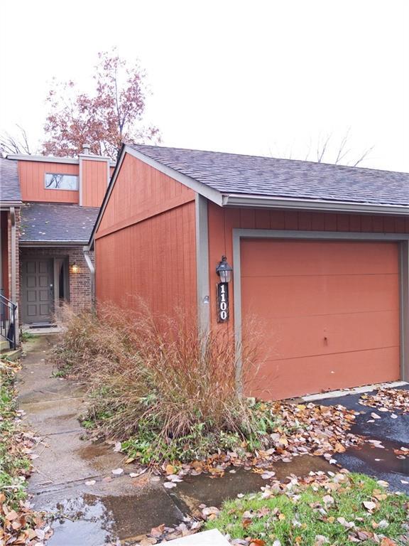 1100 Redbluff Drive, West Carrollton, OH 45449 (MLS #780057) :: Denise Swick and Company