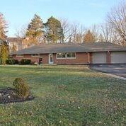 2006 Bonniedale Drive, Bellbrook, OH 45305 (MLS #781281) :: The Gene Group
