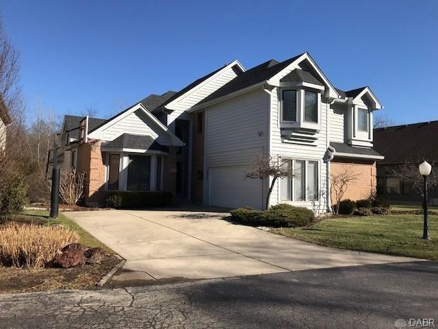 6908 Chardonnay Drive, Centerville, OH 45459 (MLS #783495) :: The Gene Group