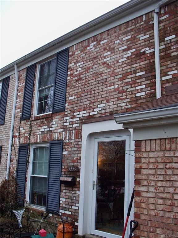 1315 Rona Village Boulevard, Fairborn, OH 45324 (MLS #783622) :: Denise Swick and Company