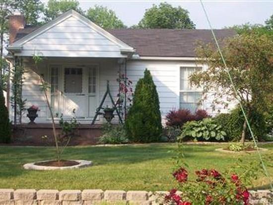 2217 Hawthorne Street, Middletown, OH 45042 (MLS #785551) :: The Gene Group