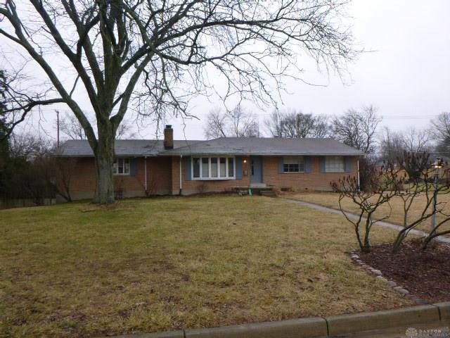 153 Sheldon Drive, Centerville, OH 45459 (MLS #785651) :: The Gene Group