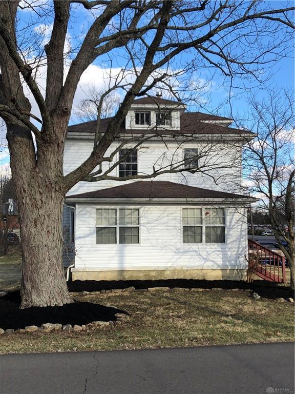 1592 Longview Street, Beavercreek, OH 45432 (MLS #786396) :: Denise Swick and Company