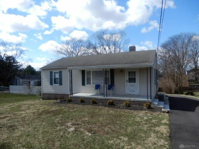 1204 Eaton Avenue, Middletown, OH 45044 (MLS #786794) :: Denise Swick and Company