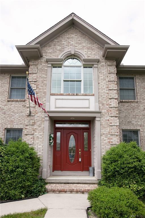 2367 Cheviot Hills Lane, Vandalia, OH 45377 (MLS #791044) :: Denise Swick and Company