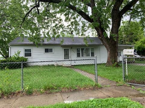 303 Erie Avenue, Fairborn, OH 45324 (MLS #791643) :: Denise Swick and Company