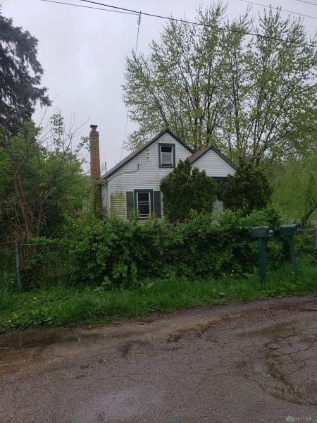 529 Blue Bell Road, Dayton, OH 45431 (MLS #791663) :: The Gene Group