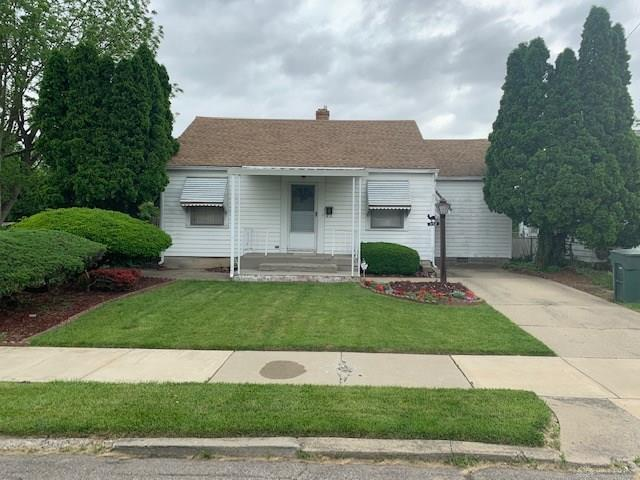 952 Crestmore Avenue, Dayton, OH 45402 (MLS #791793) :: Denise Swick and Company