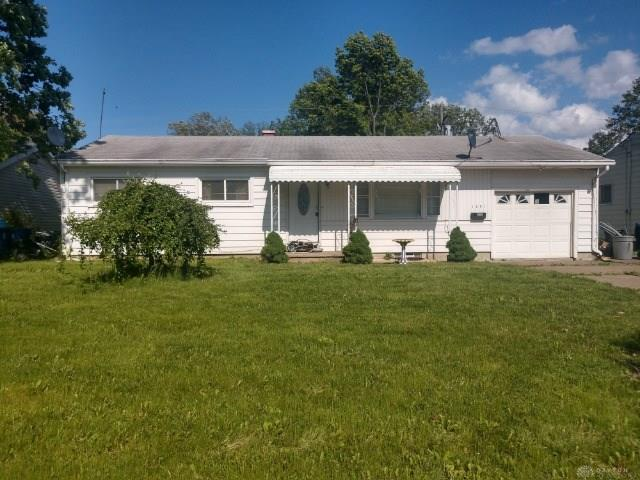 1351 New Hampshire Avenue, Out Of Area, OH 44052 (MLS #791876) :: The Gene Group