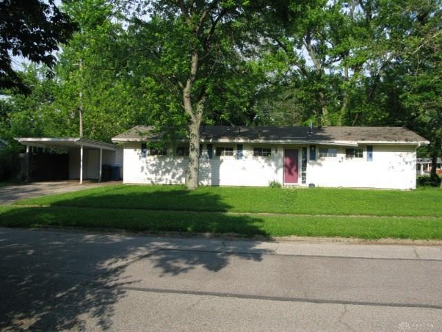 512 Crystal Drive, Dayton, OH 45431 (MLS #792094) :: The Gene Group