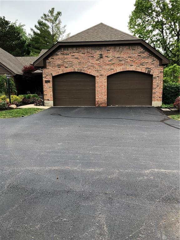 572 Cottingwood Court, Kettering, OH 45429 (MLS #792277) :: The Gene Group