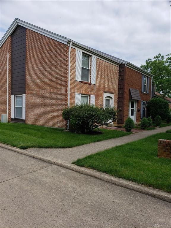 1321 Rona Village Boulevard, Fairborn, OH 45324 (MLS #792423) :: The Gene Group