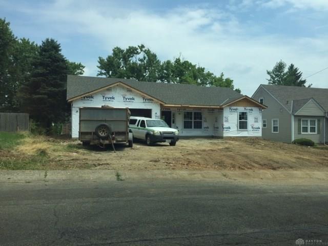 560 Southwood Drive, Hamilton, OH 45013 (MLS #795274) :: Denise Swick and Company