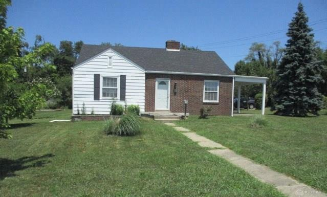 913 Stanley Street, Middletown, OH 45044 (MLS #795916) :: Denise Swick and Company