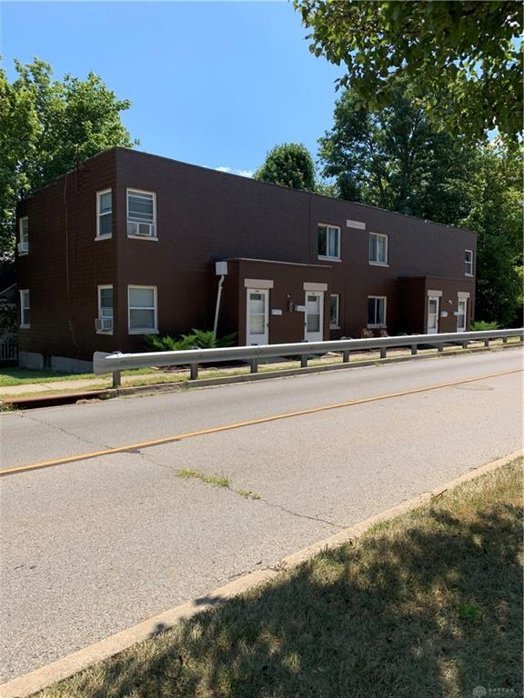 2402 Dixie Drive, Kettering, OH 45409 (MLS #798059) :: Denise Swick and Company