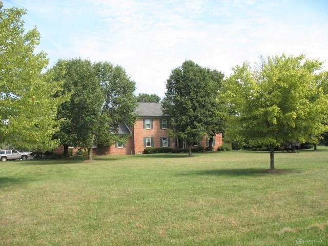 1664 Woodside Way, Xenia, OH 45385 (MLS #801184) :: Denise Swick and Company