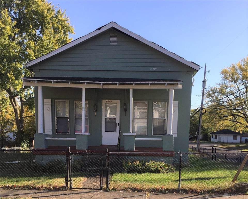 4544 Eichelberger Avenue - Photo 1