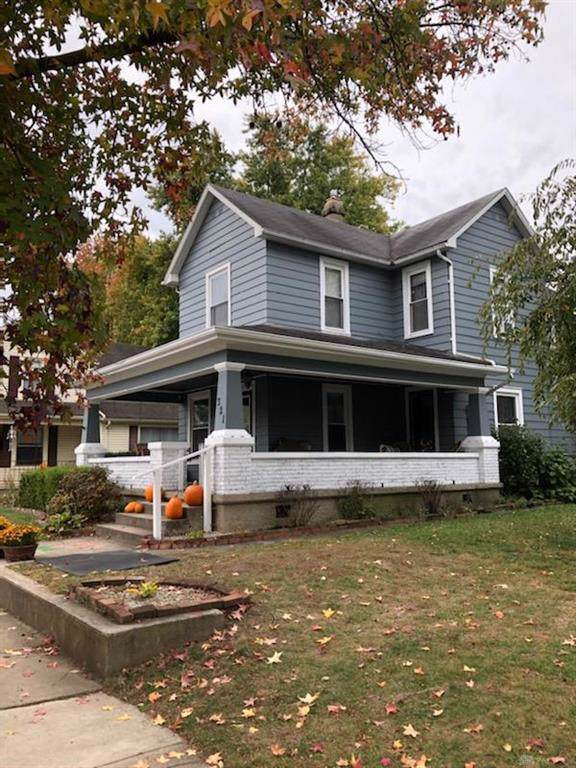 321 3rd Street, Tipp City, OH 45371 (MLS #804869) :: Denise Swick and Company