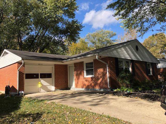 8515 Elmway Drive, Clayton, OH 45415 (MLS #804902) :: Denise Swick and Company