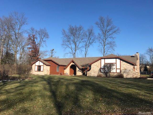 7515 Whispering Oaks Trail, Tipp City, OH 45371 (MLS #805065) :: Denise Swick and Company