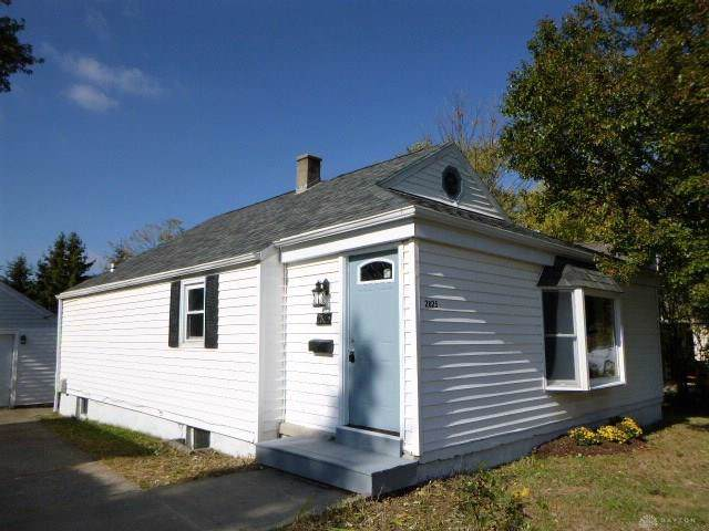 2825 Gaylord Avenue, Kettering, OH 45419 (MLS #805277) :: Denise Swick and Company