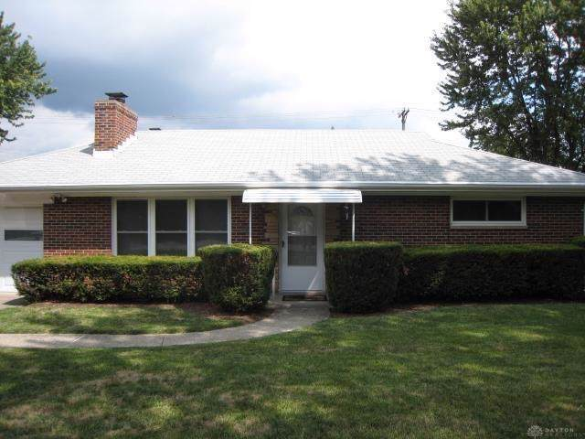 935 Gardner Road, Kettering, OH 45429 (MLS #806235) :: The Gene Group