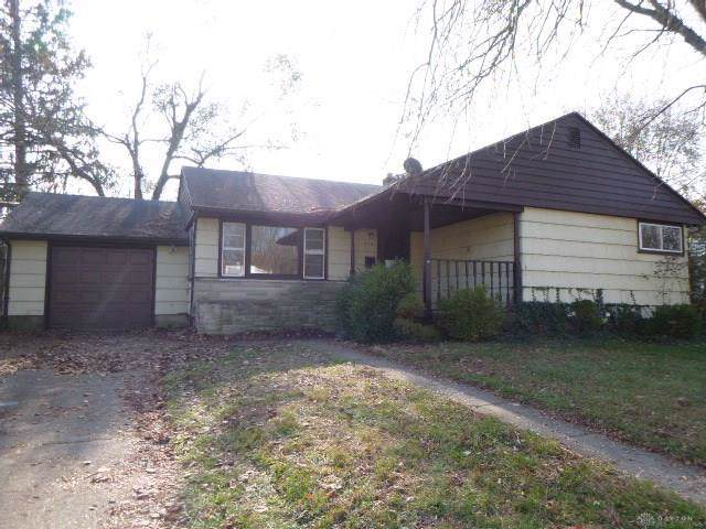 554 Lewis Drive, Fairborn, OH 45324 (MLS #807247) :: Denise Swick and Company